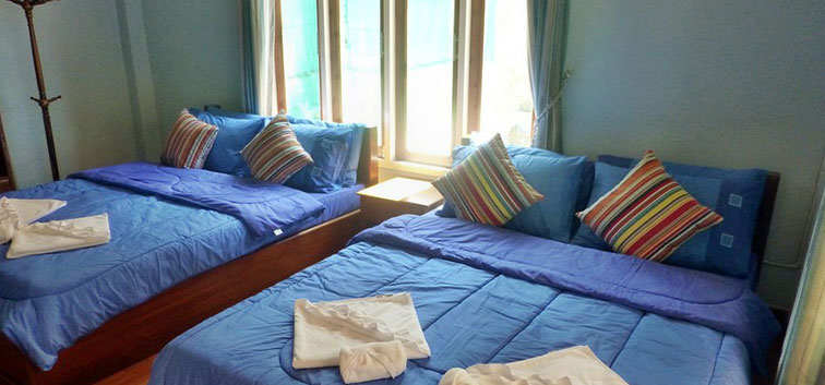 Coconut Garden Family bungalows with 2 double beds
